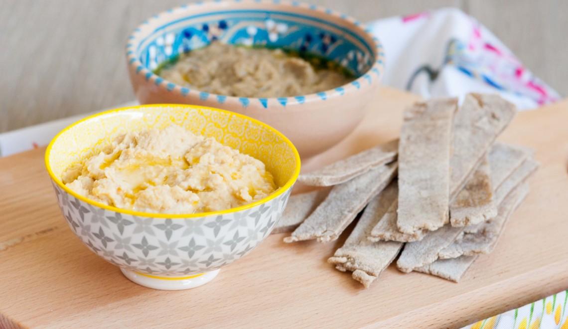piadina di grano saraceno con hummus misto