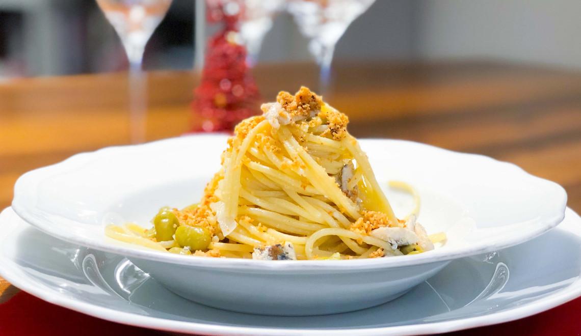 Primo veloce per Natale: spaghetti con alici ed edamame