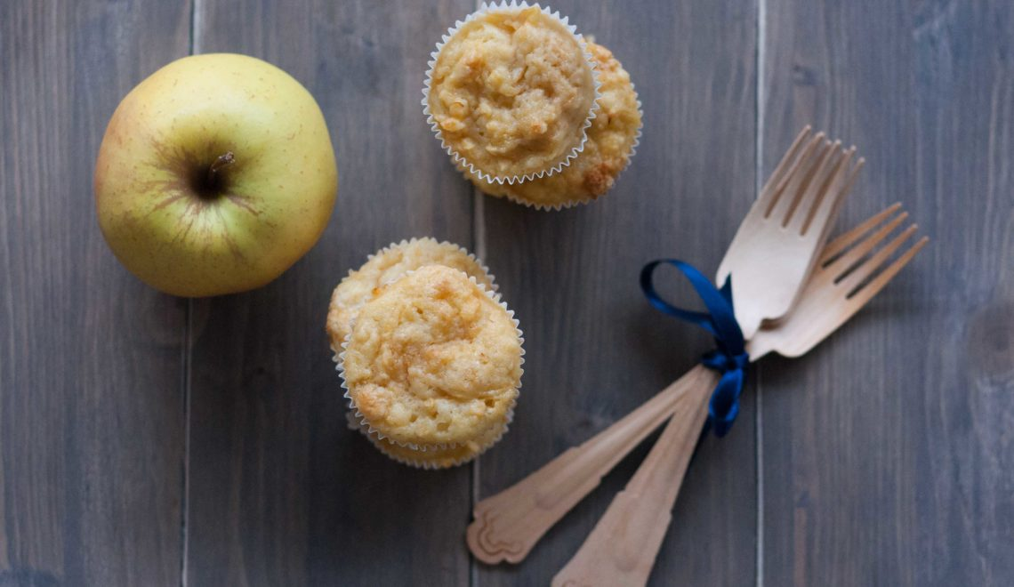 Tortine con mela grattugiata