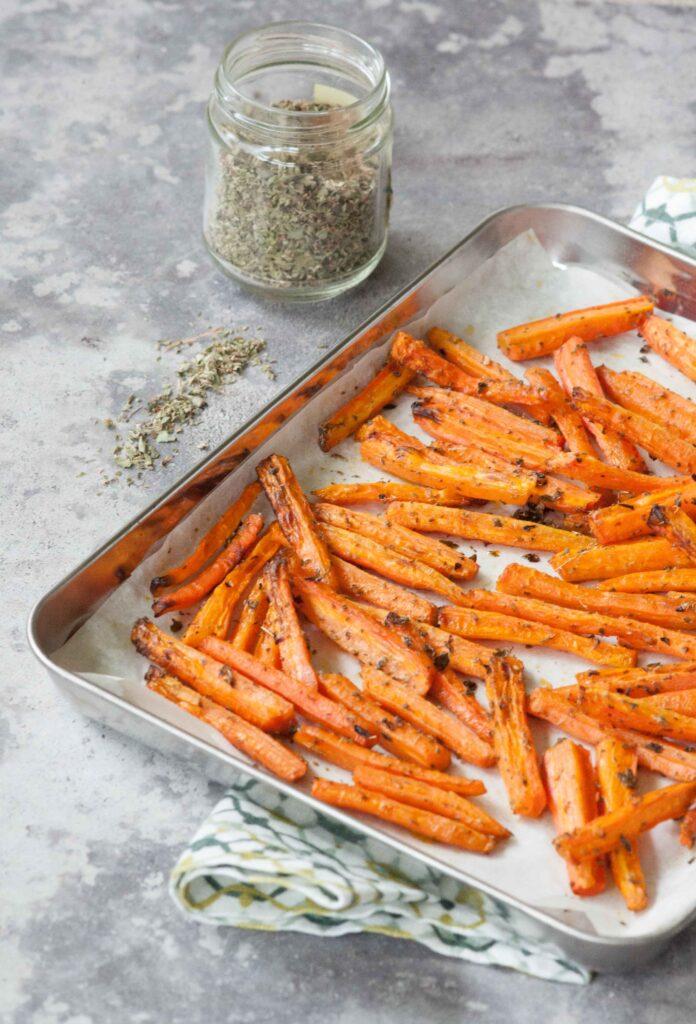 carote al forno con origano e peperoncino