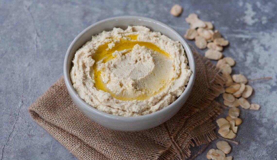Hummus di fave secche
