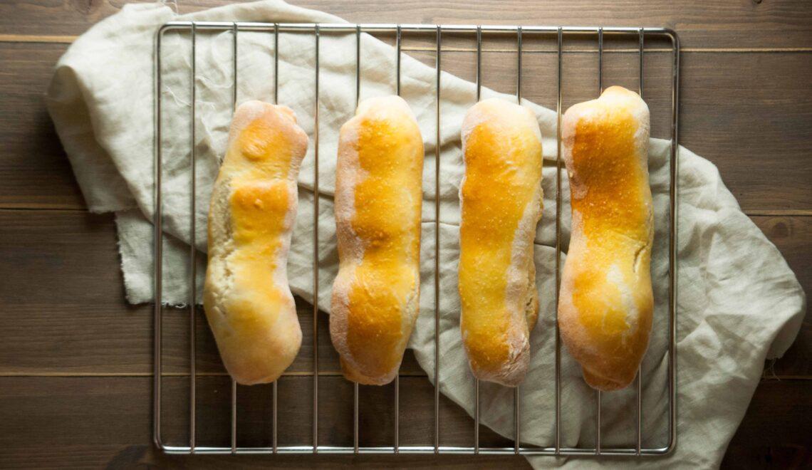 Panini per hotdog fatti in casa