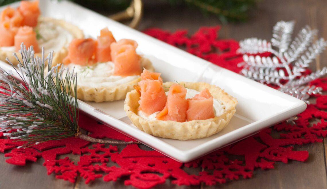 Crostatine con salmone e robiola: Natale da Barazzoni