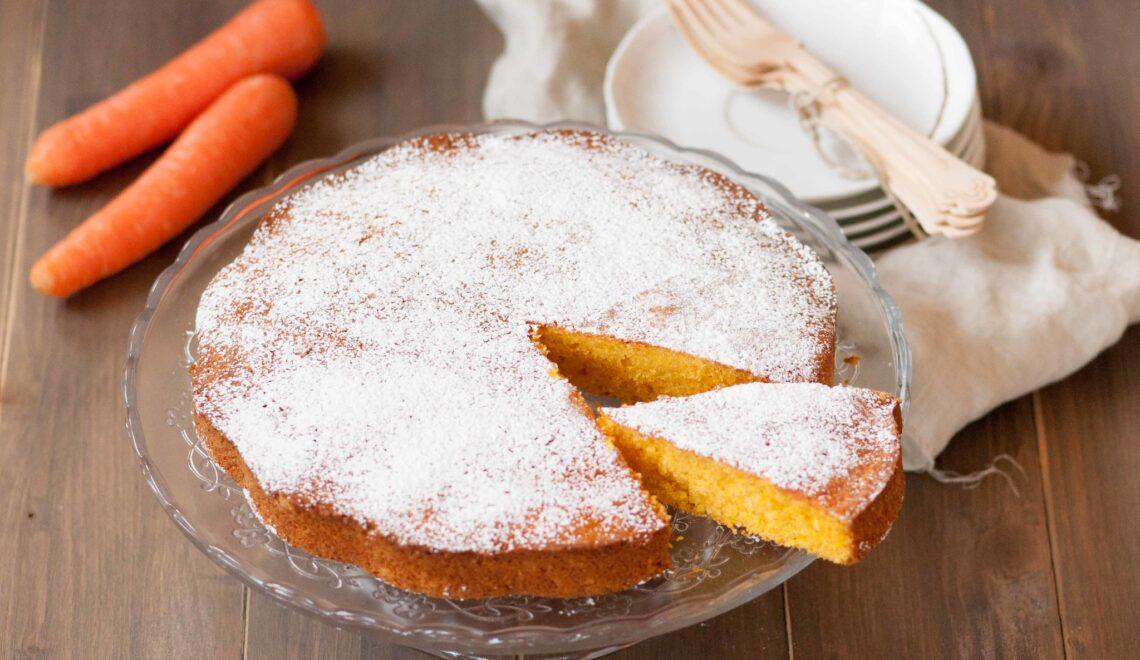 Torta di carote frullate al profumo d'arancia