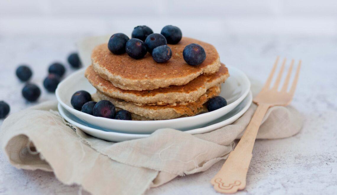 Pancake con banana e fiocchi d'avena